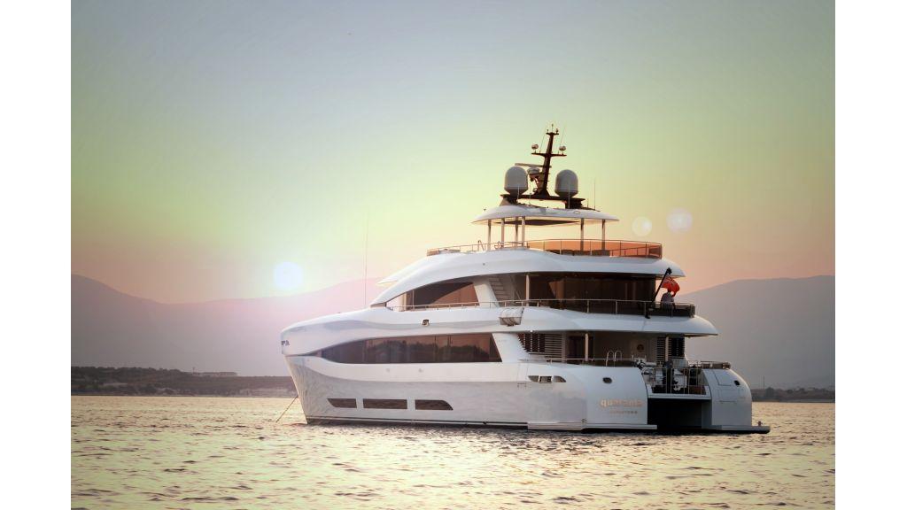 Quaranta power catamaran master