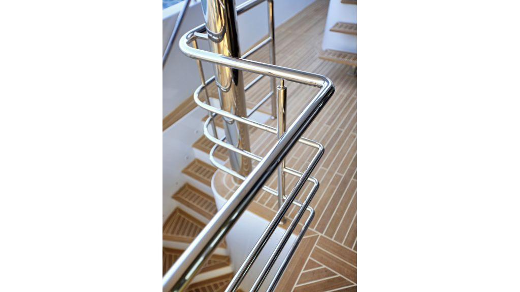 Quaranta Saloon deck stairs