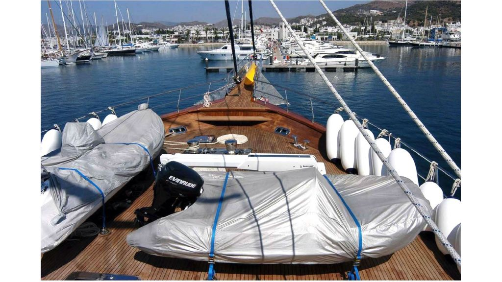 Sea Dream Luxury Motor Sailor (9)