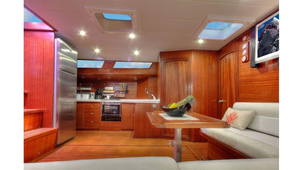 Famaza sailing-yacht-master