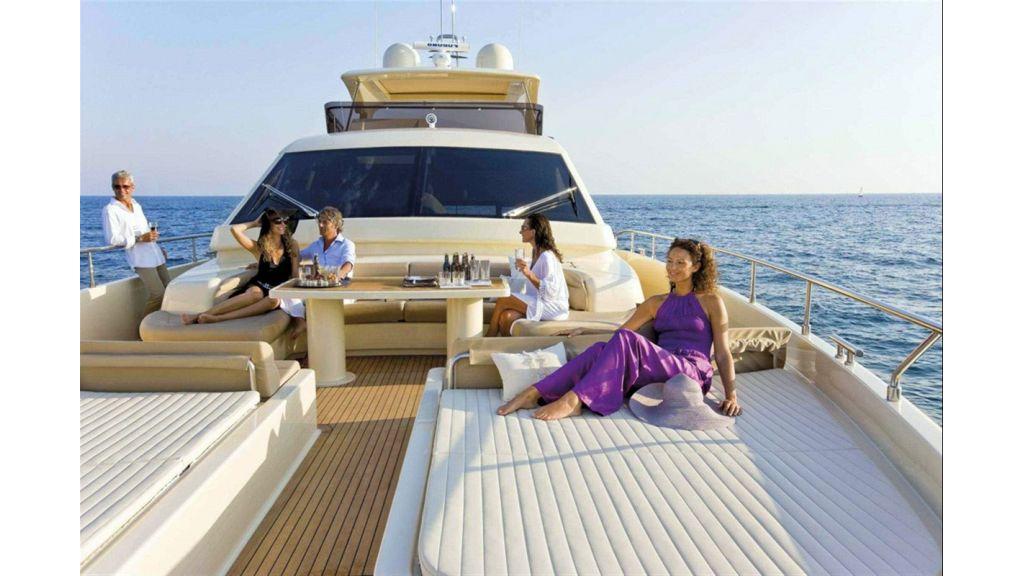Ferretti Altura Motor Yacht-master.