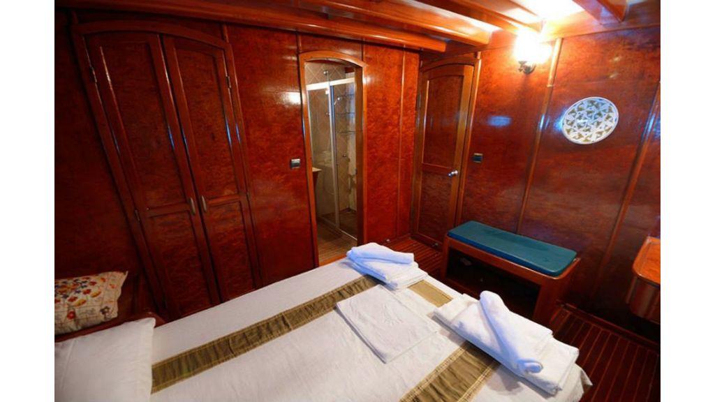 Peri 5 cabins gulet (16)