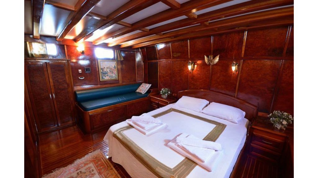 Peri 5 cabins gulet (29)