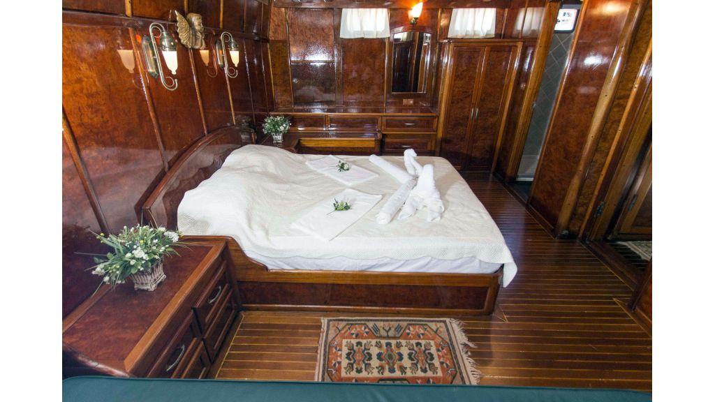 Peri 5 cabins gulet (3)