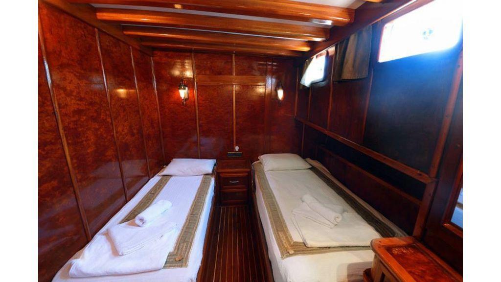 Peri 5 cabins gulet (31)