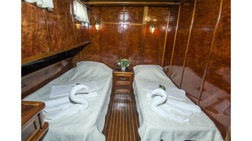 Peri 5 cabins gulet (5)