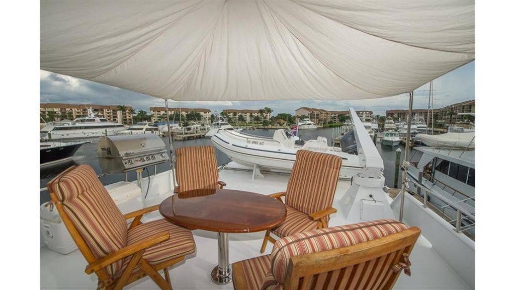 broward Flybridge Table and Awning