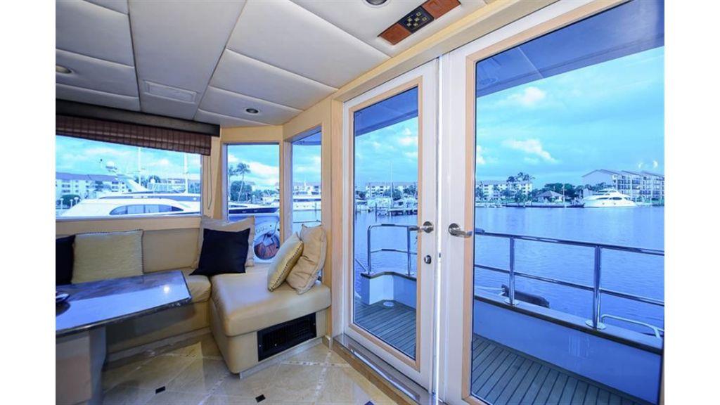 broward Large Aft Deck Windows