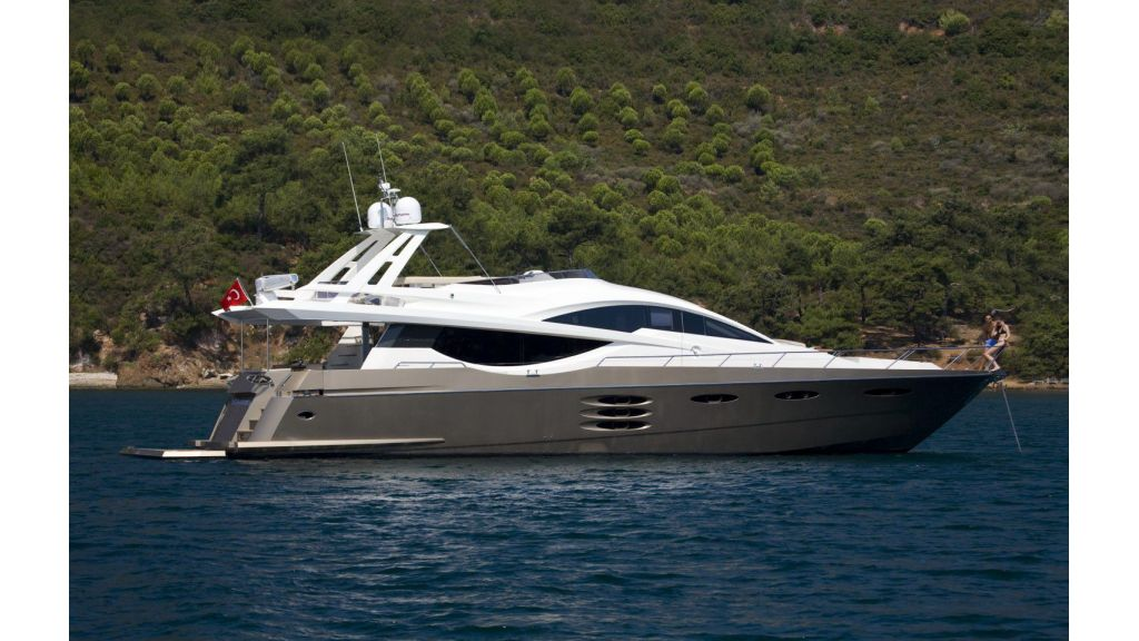 my-tul-numarine-78ft-flybridge (35)