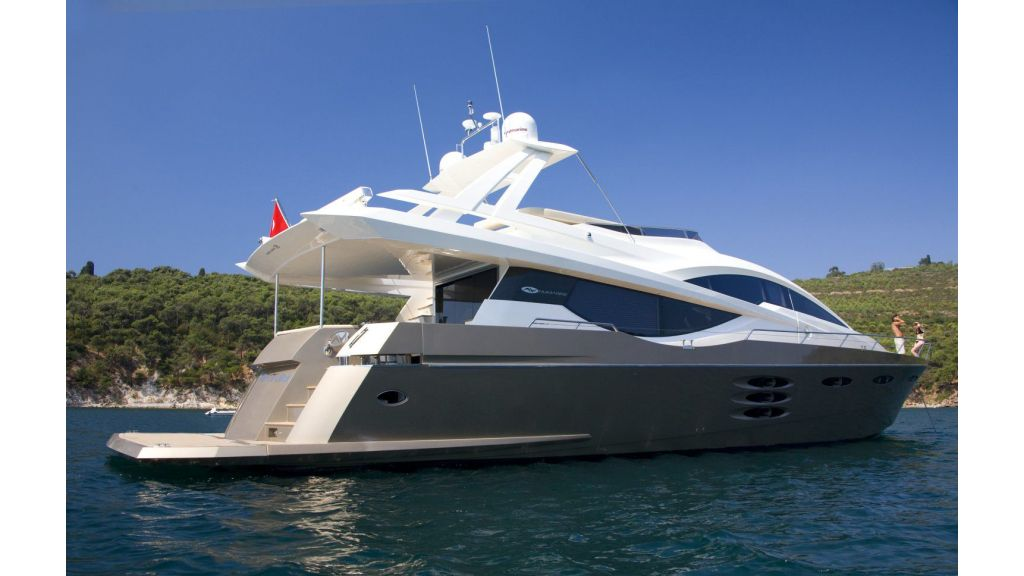 my-tul-numarine-78ft-flybridge (38)