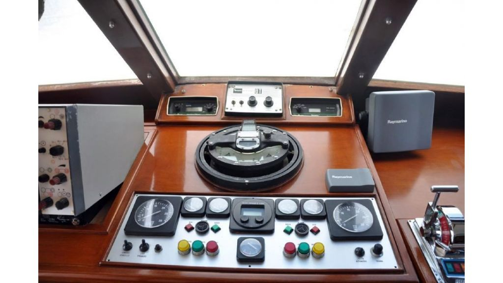 1975 Built Steel Motor Yacht (19)