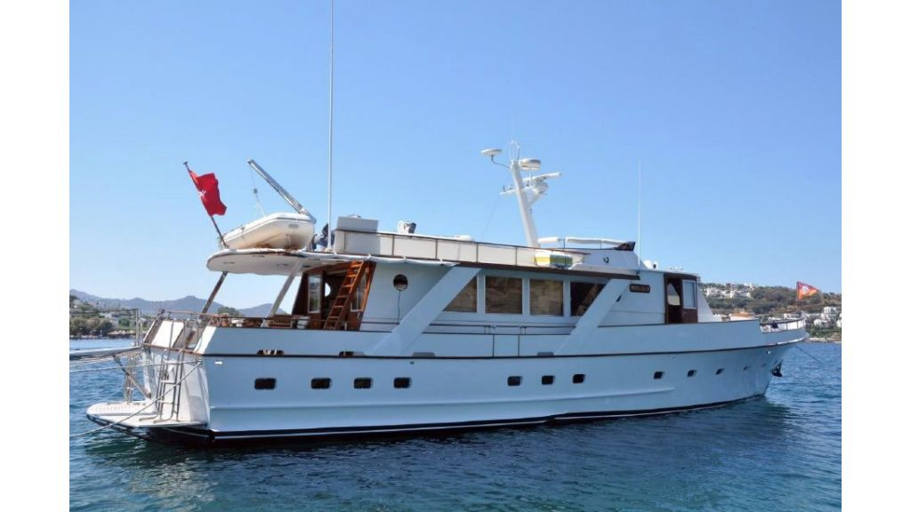 1975 Built Steel Motor Yacht (27)