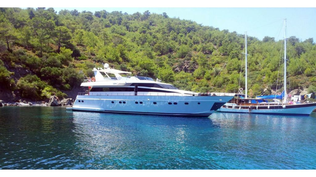 27-m-custom-built-motor-yacht master