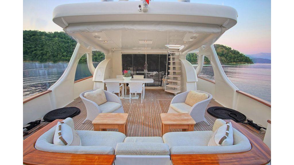 27-m-custom-motor yacht (19)