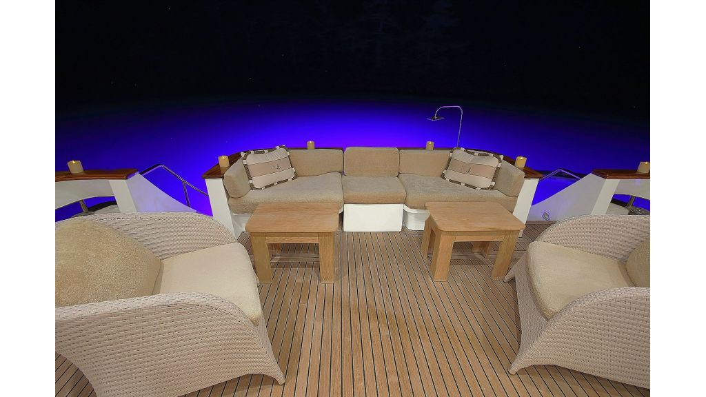27-m-custom-motor yacht (20)
