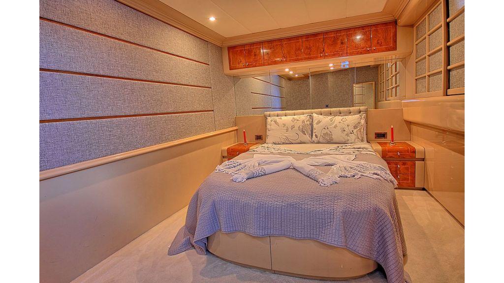 27-m-custom-motor yacht (33)