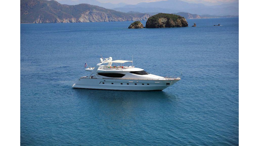 27-m-custom-motor yacht (41)