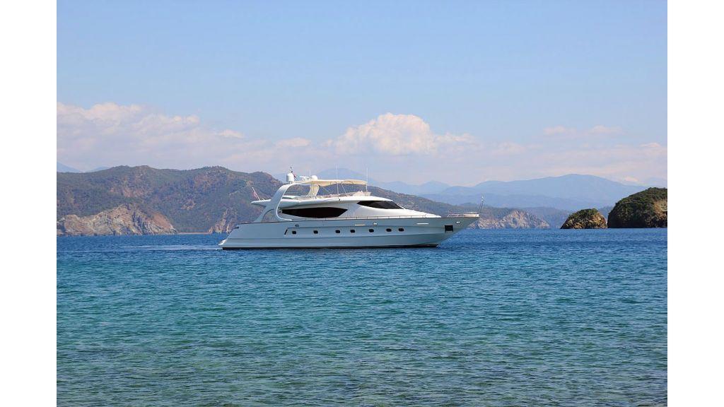 27-m-custom-motor yacht (43)