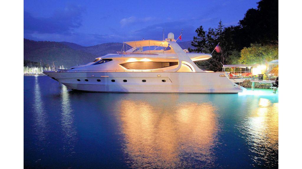 27-m-custom-motor yacht (46)