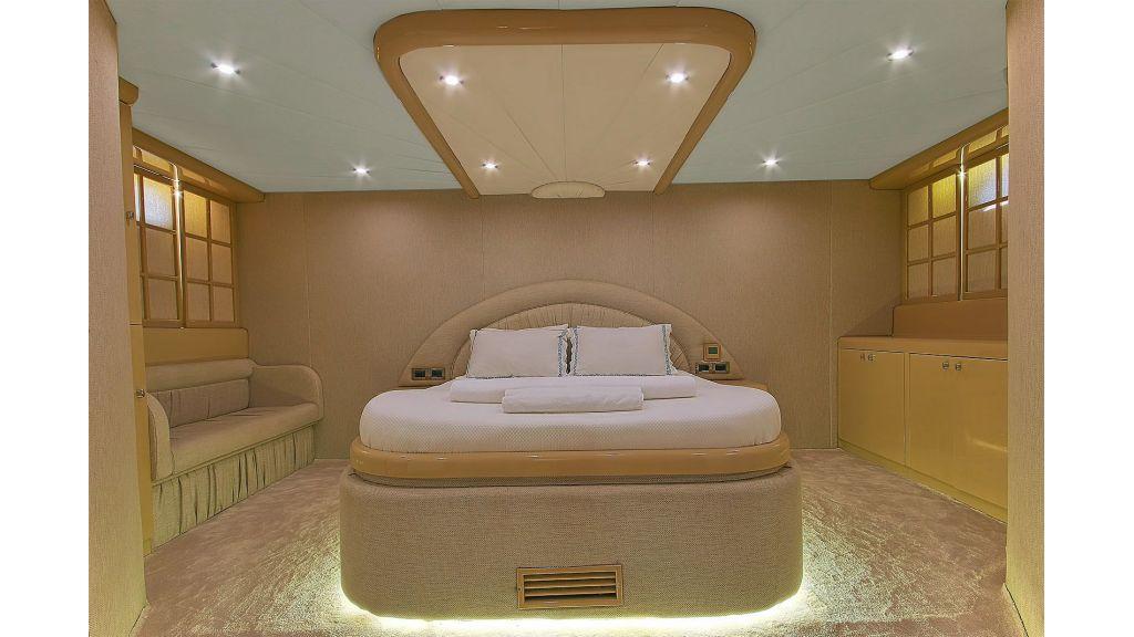 27-m-custom-motor yacht (7)