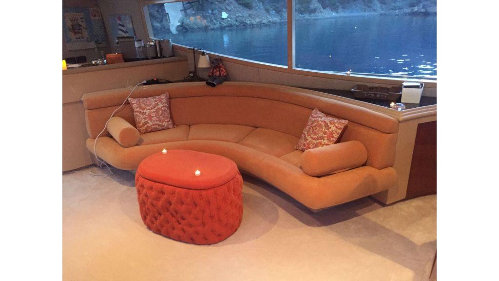 27m-custom-motor-yacht (7)