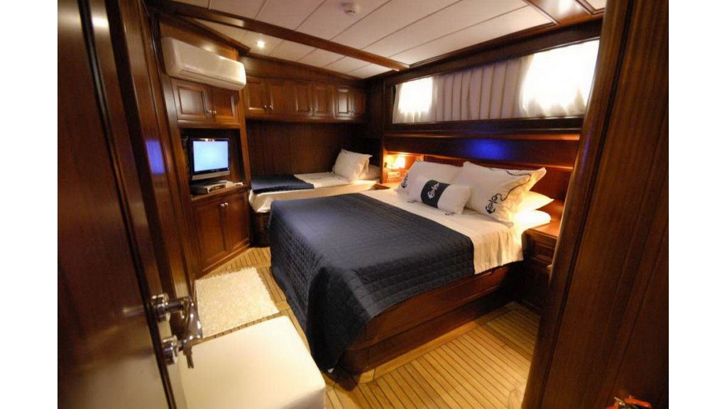 3 Cabin Luxury Gulet (21)