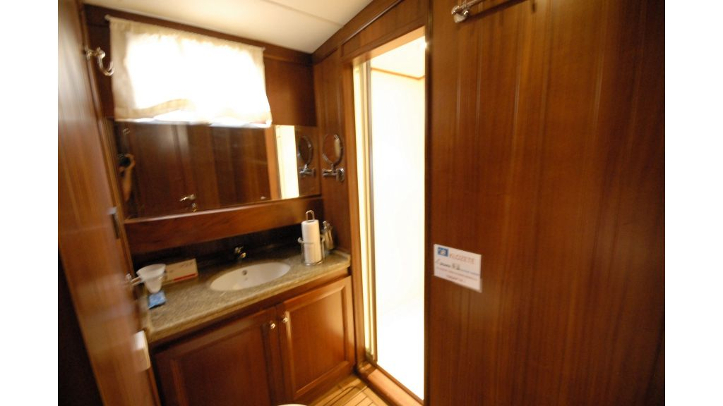 3 Cabin Luxury Gulet (3)