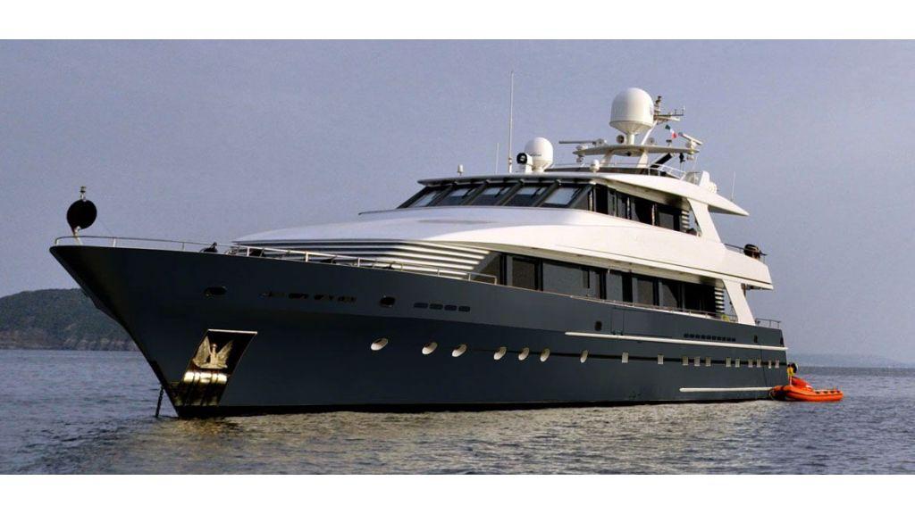 37  M Steel Motor Yacht-master