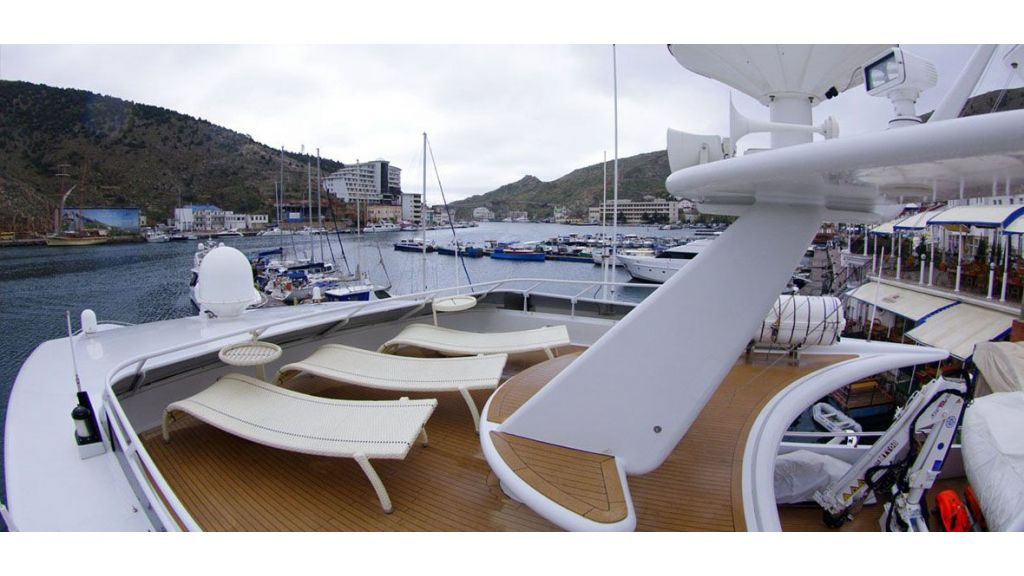 37 -M-Steel Motor Yacht master