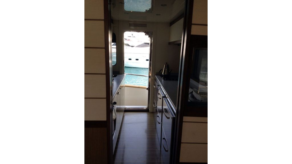 Apreamare Maestro-65 Motor Yacht (21)
