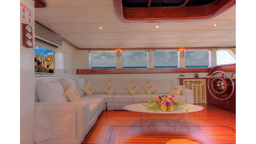 classic-sailing-gulet,