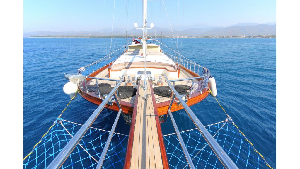 classic-sailing-gulet (15)