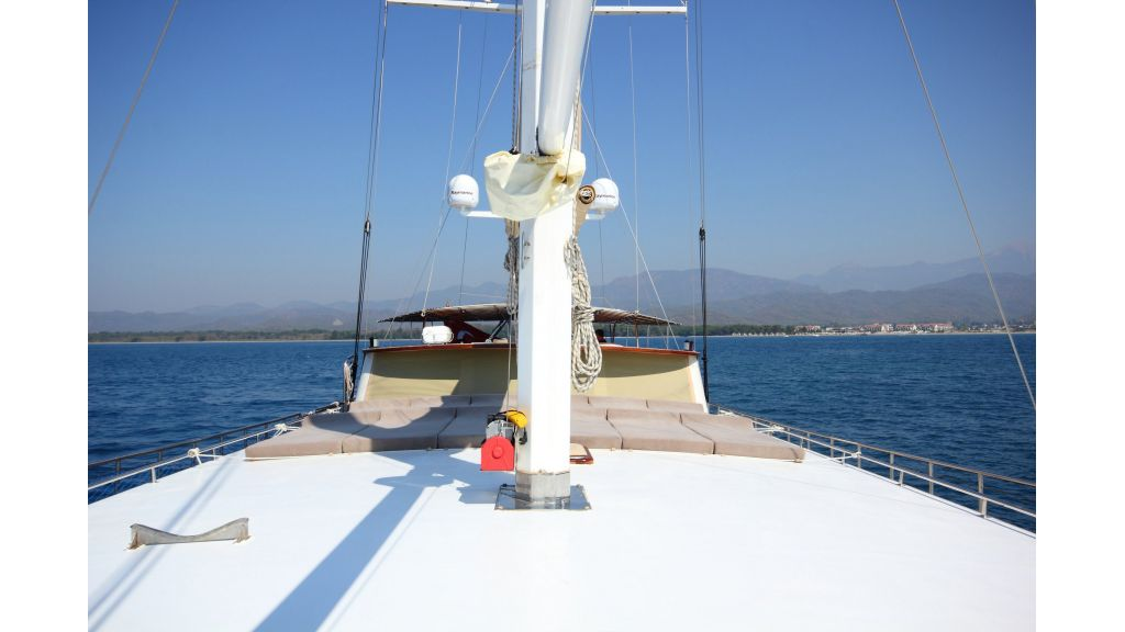 classic-sailing-gulet (16)
