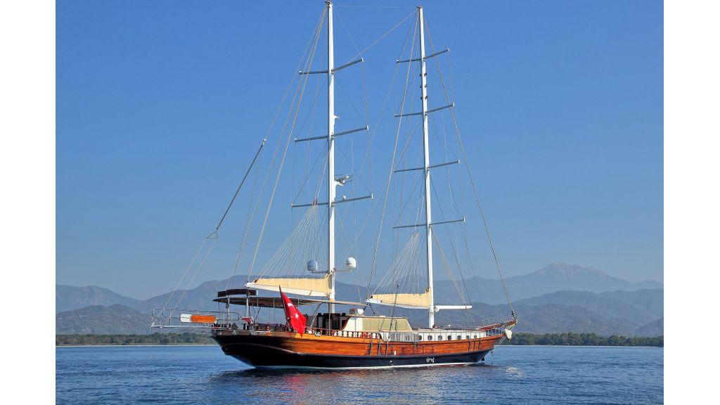 classic-sailing-gulet (3)