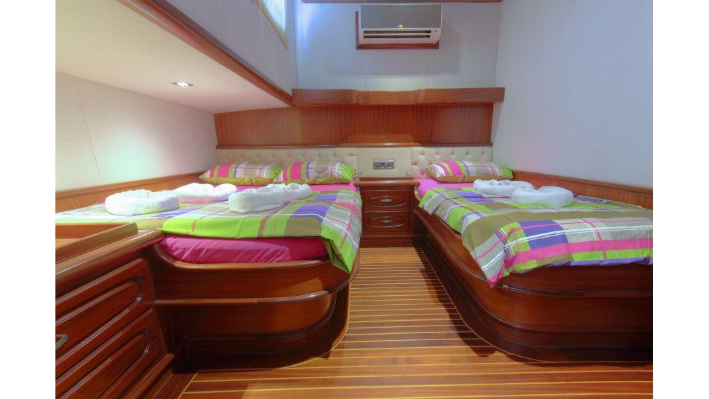 classic-sailing-gulet (46)