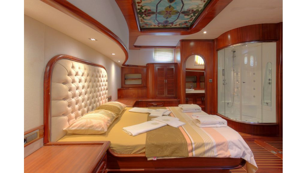 classic-sailing-gulet-master