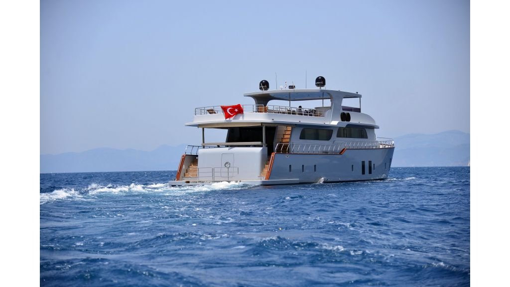 Custom Design Trawler 26 M For Sale (14)