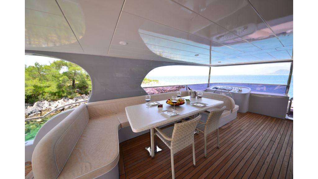 Custom Design Trawler 26 M For Sale (26)