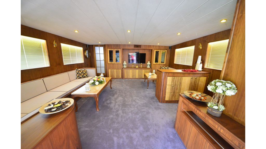 Custom Design Trawler 26 M For Sale (35)