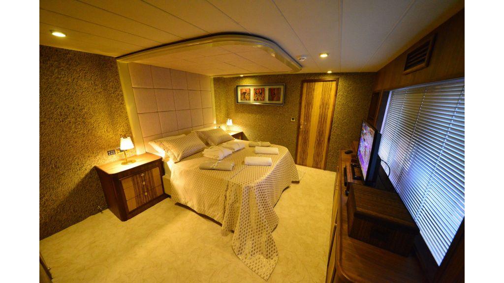 Custom Design Trawler 26 M For Sale (46)