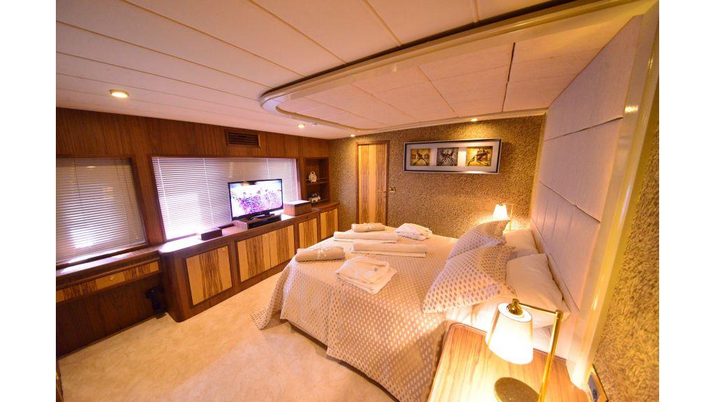 Custom Design Trawler 26 M For Sale (49)