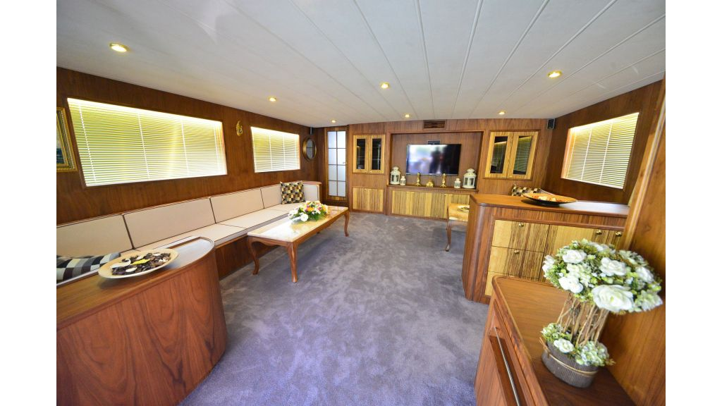 Custom Design Trawler 26 M For Sale (8)