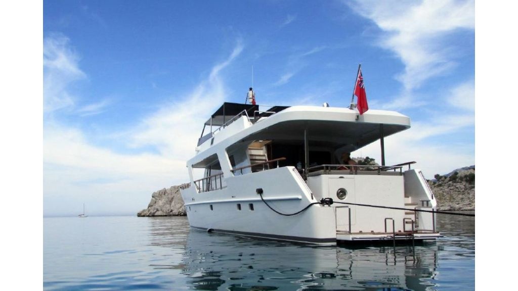 Custom Steel Expedition Yachts (4)