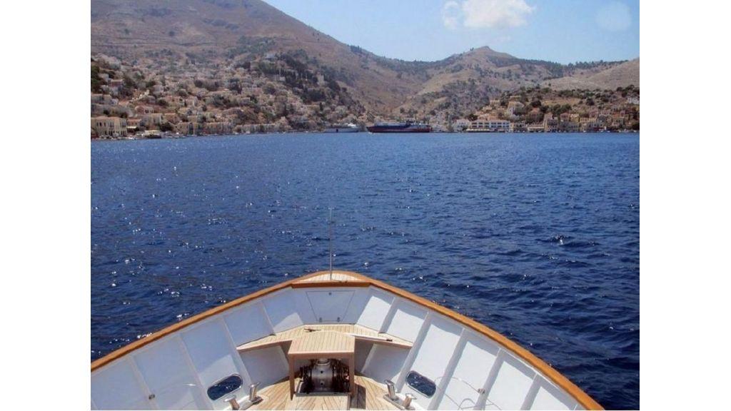 Custom Steel Expedition Yachts (6)
