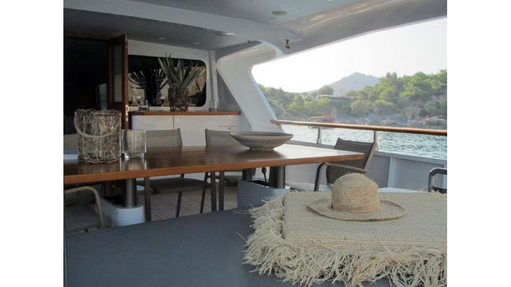 Custom Steel Expedition Yachts (8)
