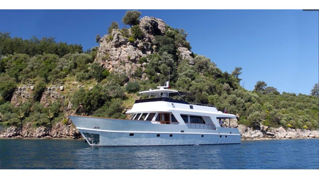 Custom Steel Expedition Yachts master