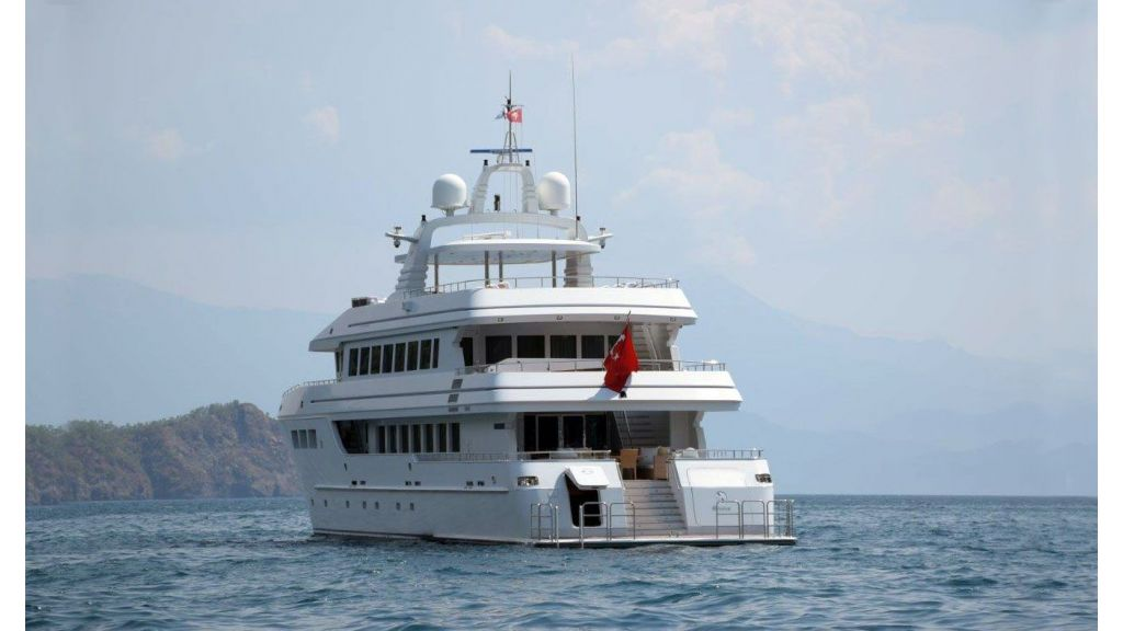 luxury-expedition-super-yacht (31)