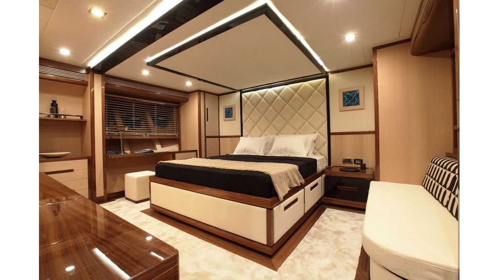 New Design Sailing Yacht (2)