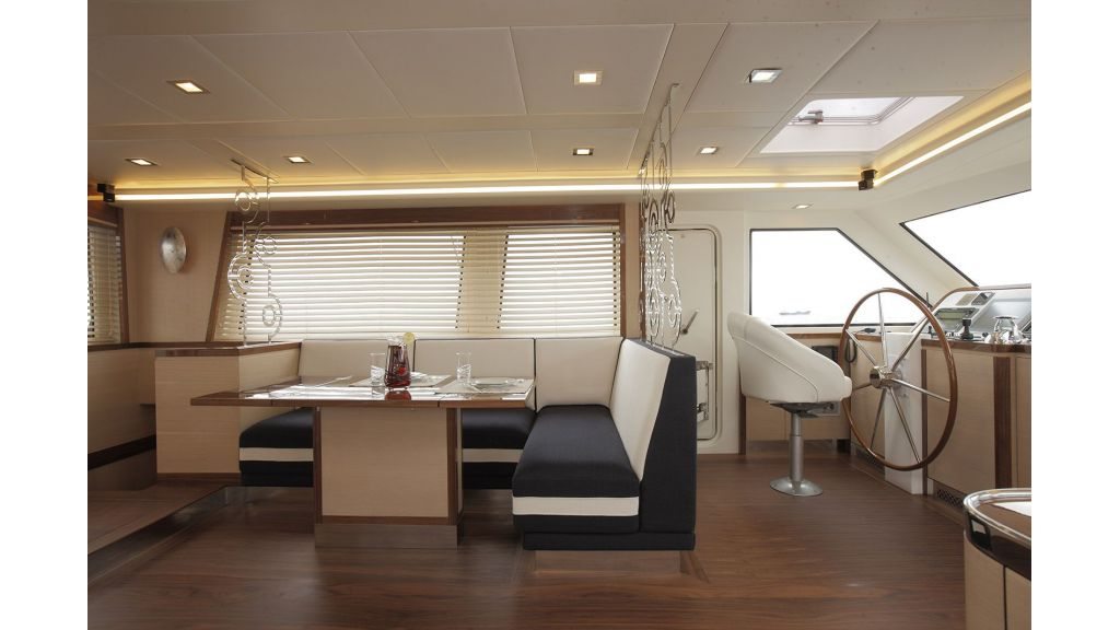 New Design Sailing Yacht (23)