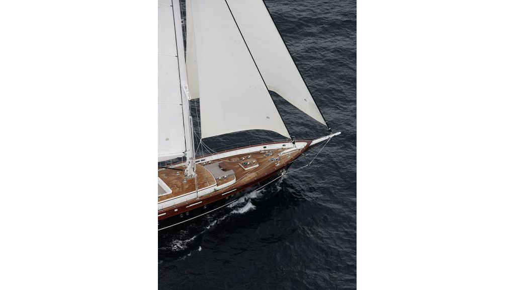 New Design Sailing Yacht (27)